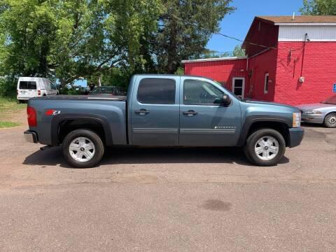 2011 Chevrolet Silverado 1500 for sale at WB Auto Sales LLC in Barnum MN