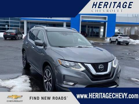 2020 Nissan Rogue for sale at HERITAGE CHEVROLET INC in Creek MI