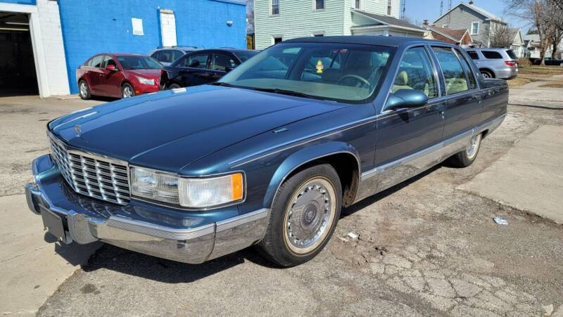 1995 Cadillac Fleetwood for sale at M & C Auto Sales in Toledo OH