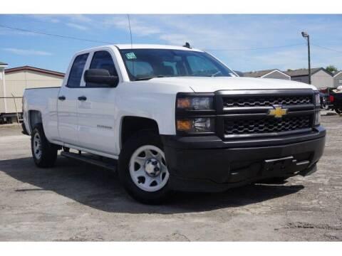 2015 Chevrolet Silverado 1500 for sale at FREDY USED CAR SALES in Houston TX