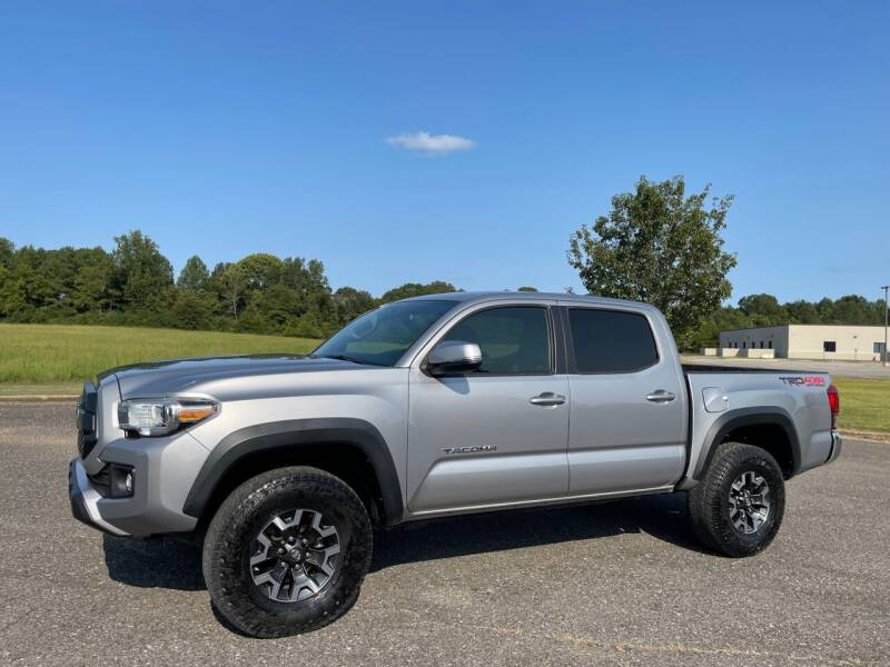 2017 Toyota Tacoma for sale at LAMB MOTORS INC in Hamilton AL