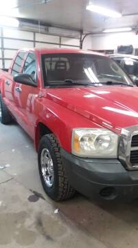 2006 Dodge Dakota for sale at MITRISIN MOTORS INC in Oskaloosa IA