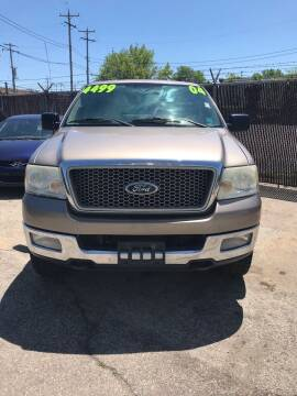 2004 Ford F-150 for sale at Square Business Automotive in Milwaukee WI
