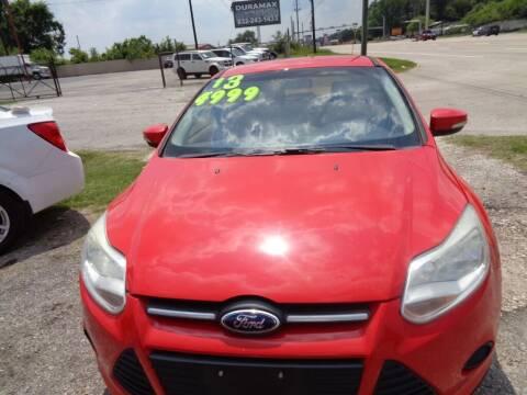 2013 Ford Focus for sale at SCOTT HARRISON MOTOR CO in Houston TX