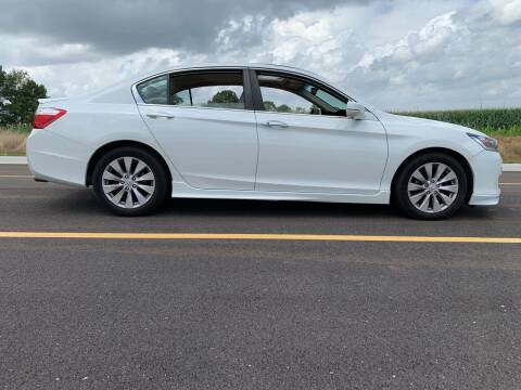 2015 Honda Accord for sale at Tennessee Valley Wholesale Autos LLC in Huntsville AL