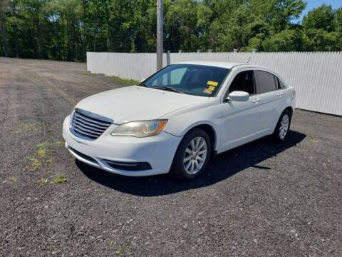 2013 Chrysler 200 for sale at CRS 1 LLC in Lakewood NJ