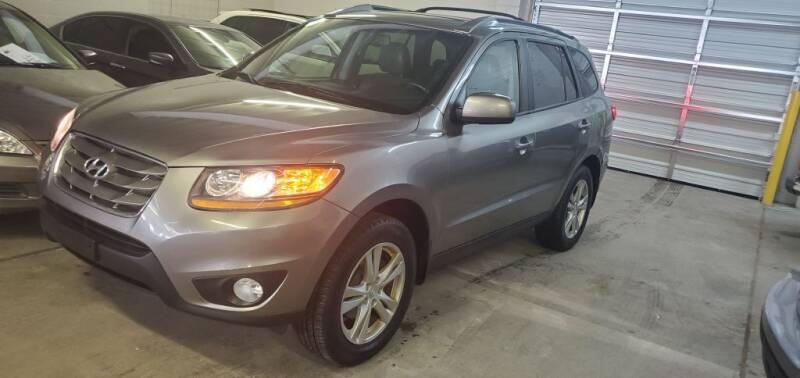 2011 Hyundai Santa Fe for sale at Klika Auto Direct LLC in Olathe KS