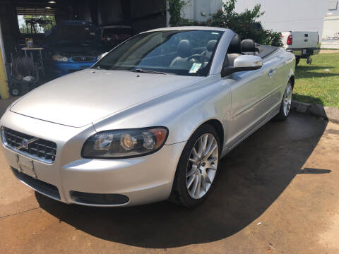 2008 Volvo C70 for sale at UNIVERSITY FOREIGN CAR LLC in Bridgeton MO