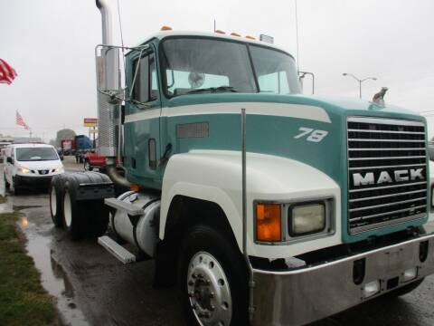 1998 Mack CH613 for sale at ROAD READY SALES INC in Richmond IN