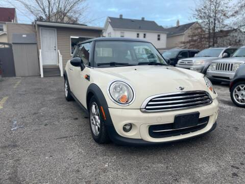 2012 MINI Cooper Hardtop for sale at Innovative Auto Group in Little Ferry NJ