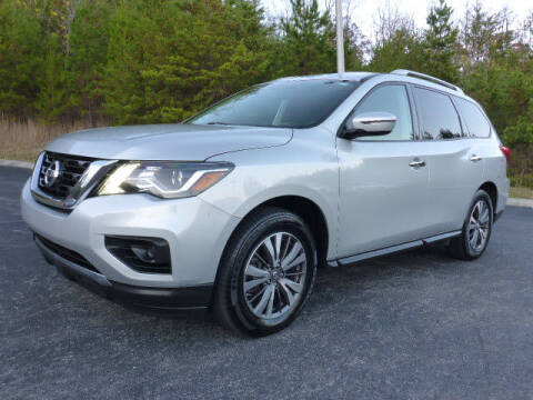 2017 Nissan Pathfinder for sale at RUSTY WALLACE KIA OF KNOXVILLE in Knoxville TN