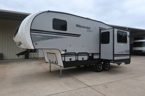 2019 Winnebago Minnie Plus 25RKS