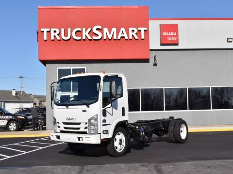 2022 Isuzu NRR for sale at Trucksmart Isuzu in Morrisville PA