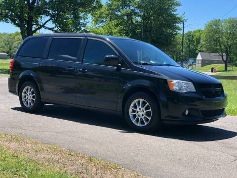 2011 Dodge Grand Caravan for sale at Choice Motor Car in Plainville CT