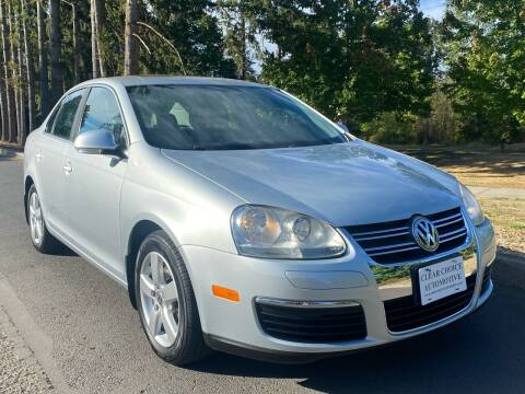 2008 Volkswagen Jetta for sale at CLEAR CHOICE AUTOMOTIVE in Milwaukie OR