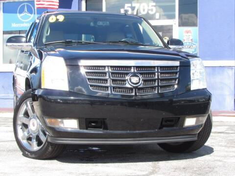 2009 Cadillac Escalade for sale at VIP AUTO ENTERPRISE INC. in Orlando FL