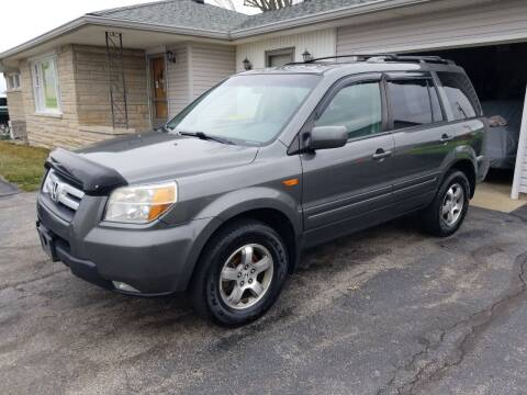 2007 Honda Pilot for sale at CALDERONE CAR & TRUCK in Whiteland IN