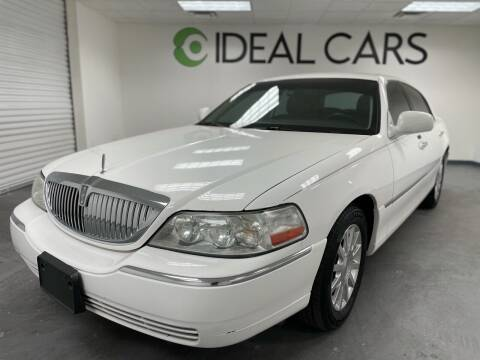 2006 Lincoln Town Car for sale at Ideal Cars Broadway in Mesa AZ