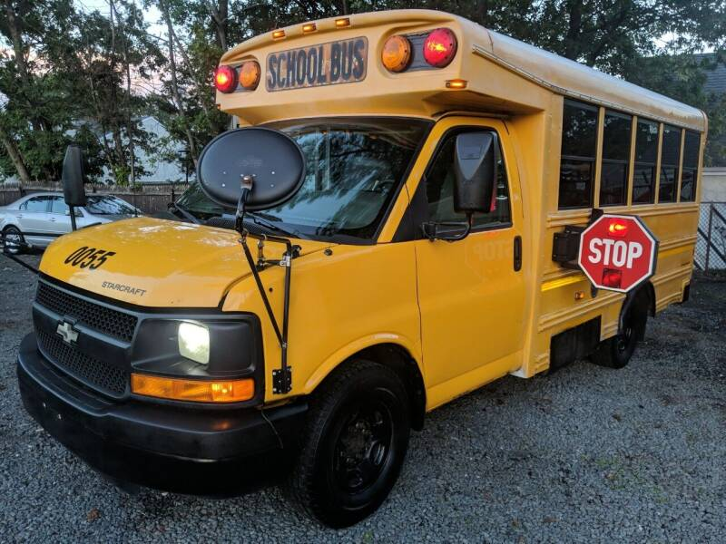 2009 Chevrolet Express Cutaway for sale at SuperBuy Auto Sales Inc in Avenel NJ