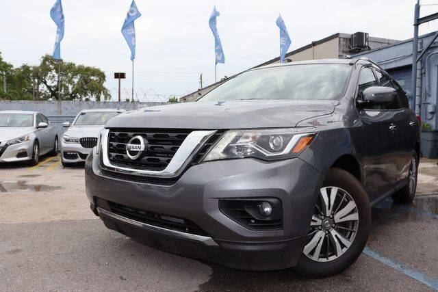 2019 Nissan Pathfinder for sale at OCEAN AUTO SALES in Miami FL