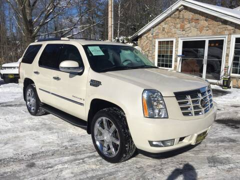 2007 Cadillac Escalade for sale at Bladecki Auto LLC in Belmont NH