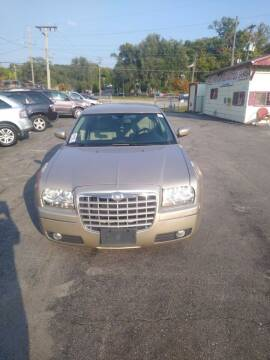 2006 Chrysler 300 for sale at Jak's Preowned Autos in Saint Joseph MO