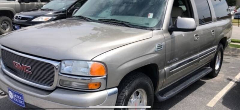 2000 GMC Yukon XL for sale at VICTORY LANE AUTO in Raymore MO
