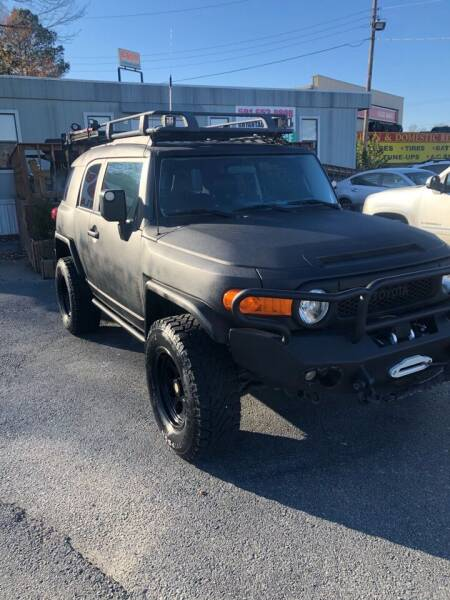 2007 Toyota FJ Cruiser for sale at BRYANT AUTO SALES in Bryant AR