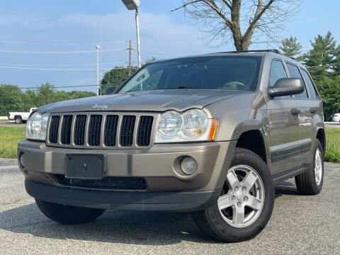 2006 Jeep Grand Cherokee for sale at MAGIC AUTO SALES in Little Ferry NJ
