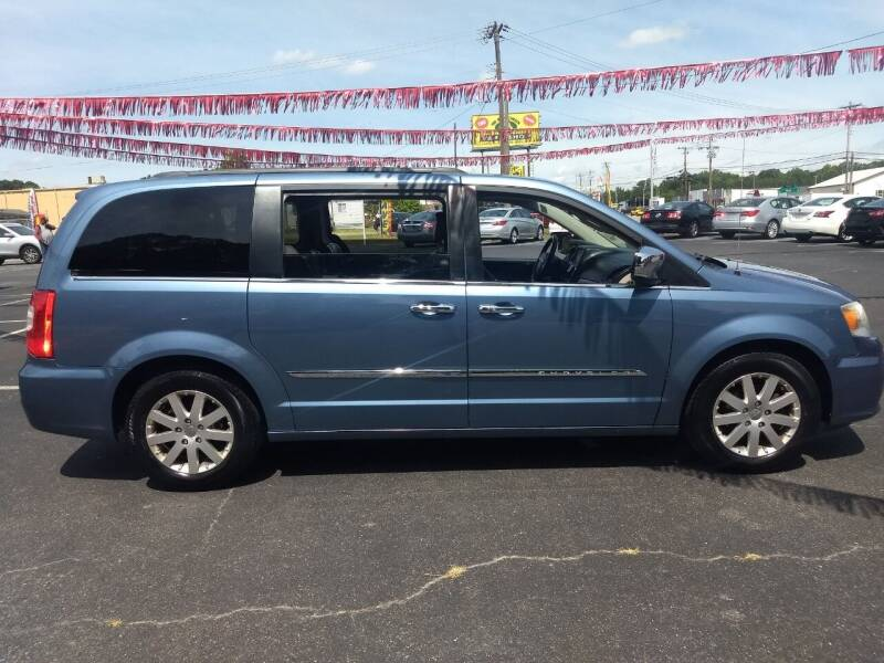 2011 Chrysler Town and Country for sale at Kenny's Auto Sales Inc. in Lowell NC