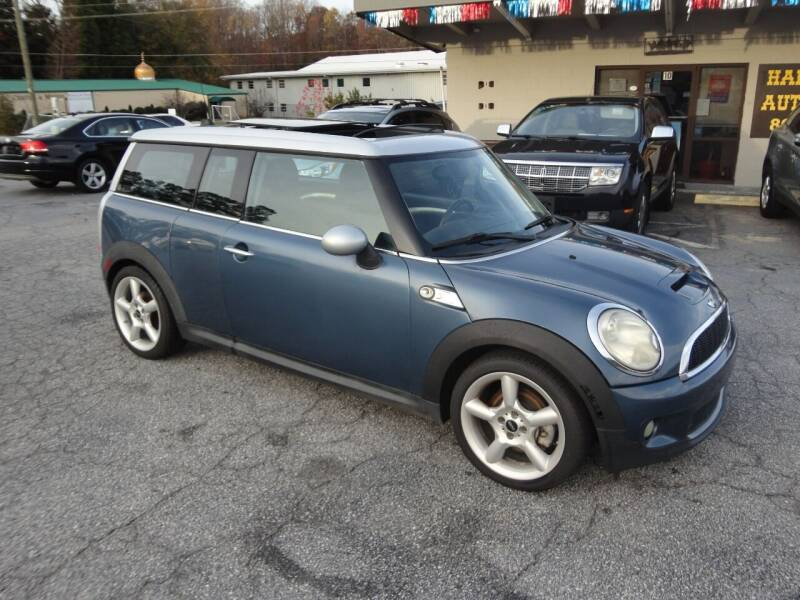 2009 MINI Cooper Clubman for sale at HAPPY TRAILS AUTO SALES LLC in Taylors SC