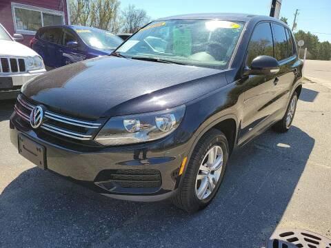 2013 Volkswagen Tiguan for sale at Hwy 13 Motors in Wisconsin Dells WI