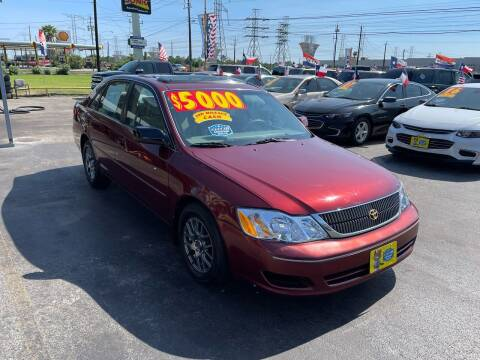 2000 Toyota Avalon for sale at Texas 1 Auto Finance in Kemah TX