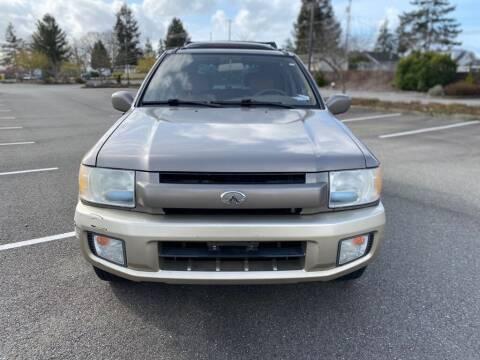 2002 Infiniti QX4 for sale at Q Motors in Tacoma WA