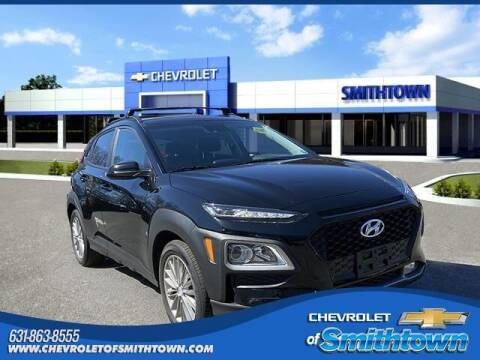 2020 Hyundai Kona for sale at CHEVROLET OF SMITHTOWN in Saint James NY