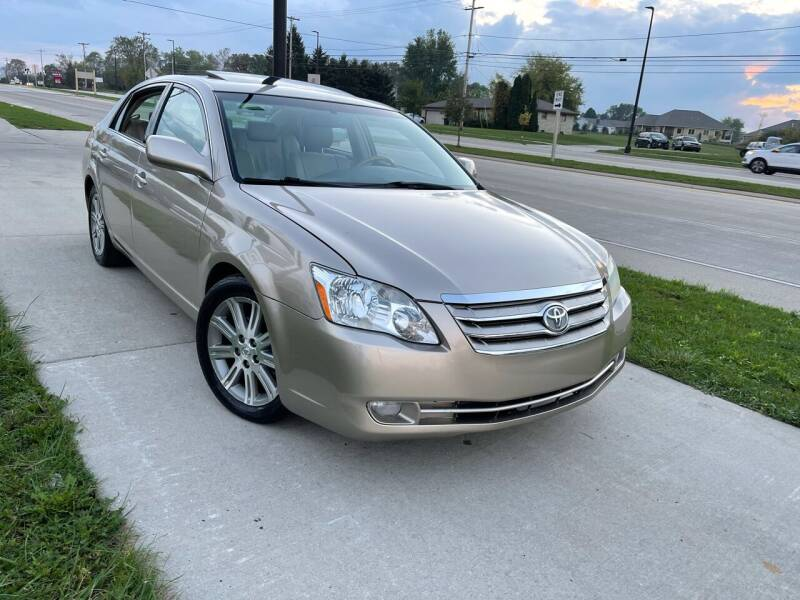 2005 Toyota Avalon for sale at Wyss Auto in Oak Creek WI