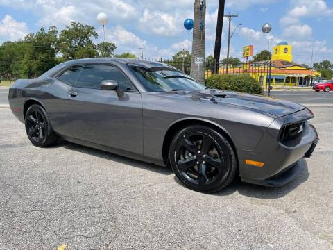 2014 Dodge Challenger for sale at Auto A to Z / General McMullen in San Antonio TX
