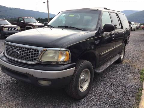 1999 Ford Expedition for sale at Troys Auto Sales in Dornsife PA