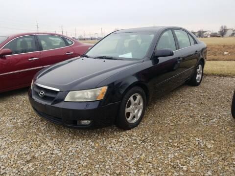2007 Hyundai Sonata for sale at CALDERONE CAR & TRUCK in Whiteland IN