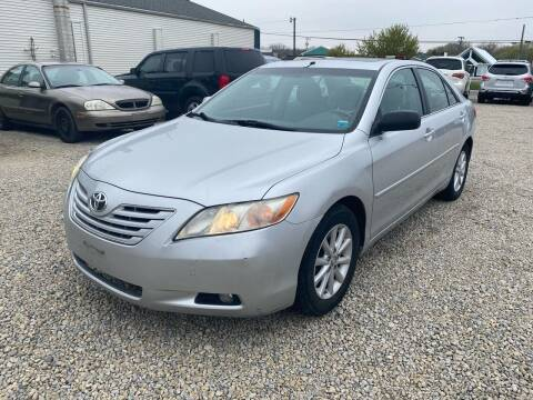 2009 Toyota Camry for sale at Davidson Auto Deals in Syracuse IN