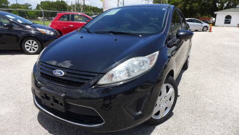 2011 Ford Fiesta for sale at Das Autohaus Quality Used Cars in Clearwater FL