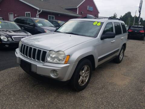 2006 Jeep Grand Cherokee for sale at Hwy 13 Motors in Wisconsin Dells WI