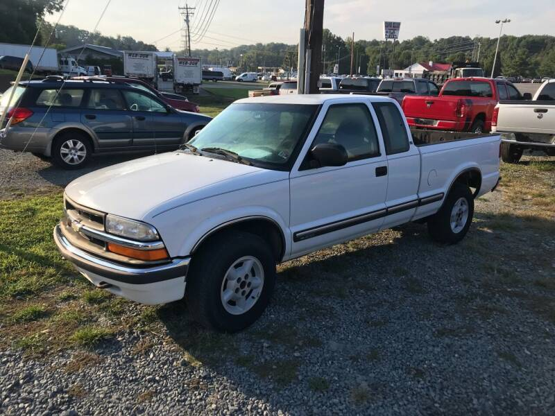 2001 Chevrolet S-10 for sale at Clayton Auto Sales in Winston-Salem NC