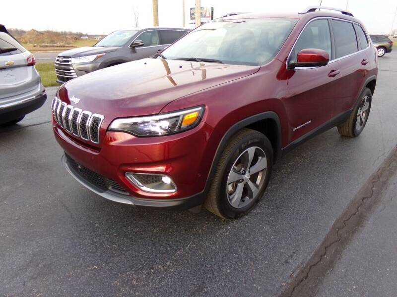 2019 Jeep Cherokee for sale at Westpark Auto in Lagrange IN