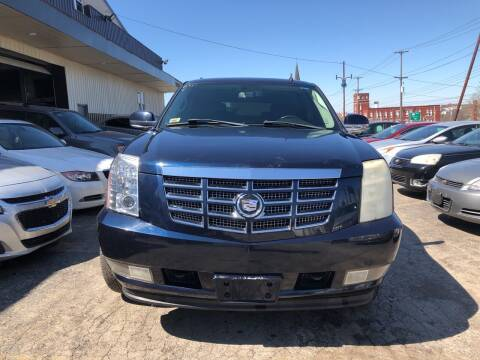 2007 Cadillac Escalade for sale at Six Brothers Auto Sales in Youngstown OH