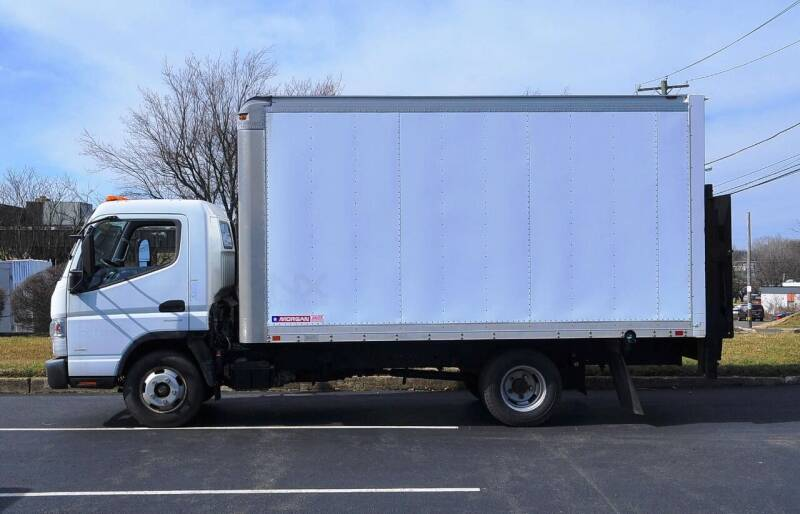 2013 Mitsubishi Fuso FEC52S for sale at Millevoi Bros. Auto Sales in Philadelphia PA
