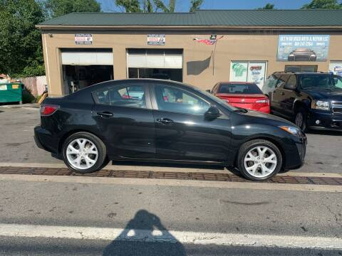 2010 Mazda MAZDA3 for sale at GET N GO USED AUTO & REPAIR LLC in Martinsburg WV