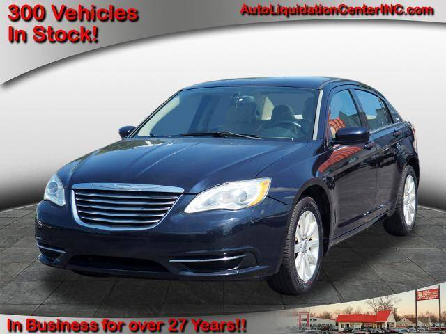 2011 Chrysler 200 for sale in New Haven, IN