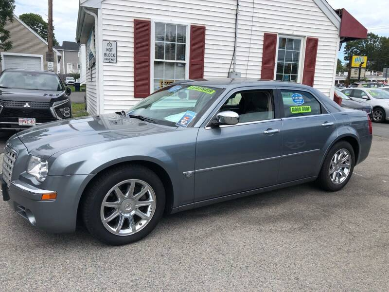2006 Chrysler 300 for sale at Crown Auto Sales in Abington MA
