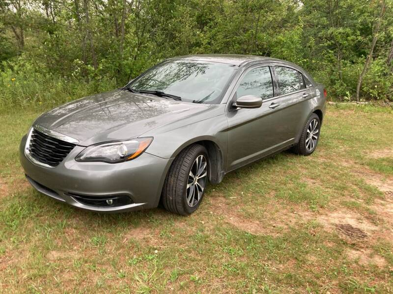 2013 Chrysler 200 for sale at Expressway Auto Auction in Howard City MI